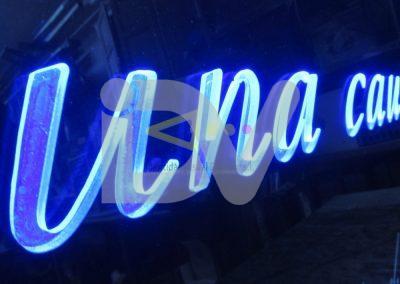 Rótulo de luz filtrante azul