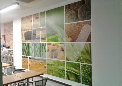 Foto mural personalizado en local comercial